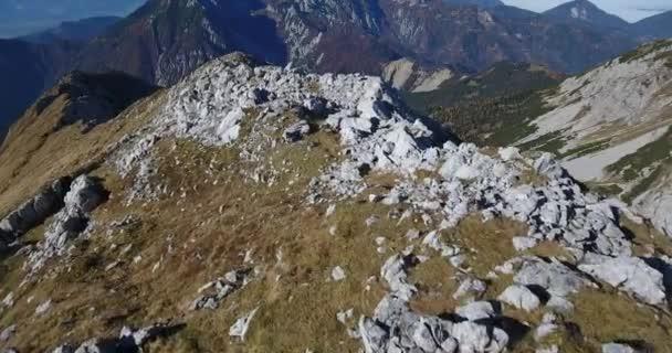 Letecké záběry z horského hřebene