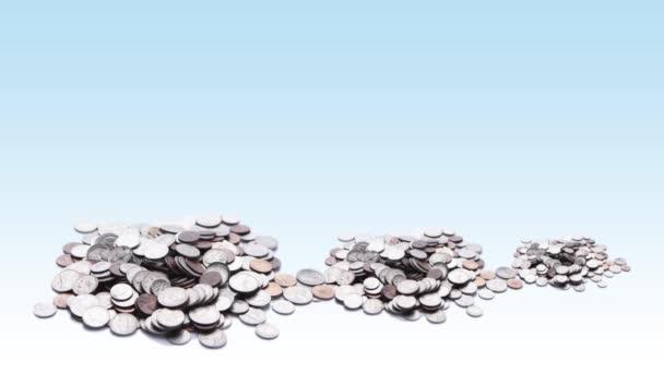výhonky rostoucí v hromady mincí, koncept ekonomiky