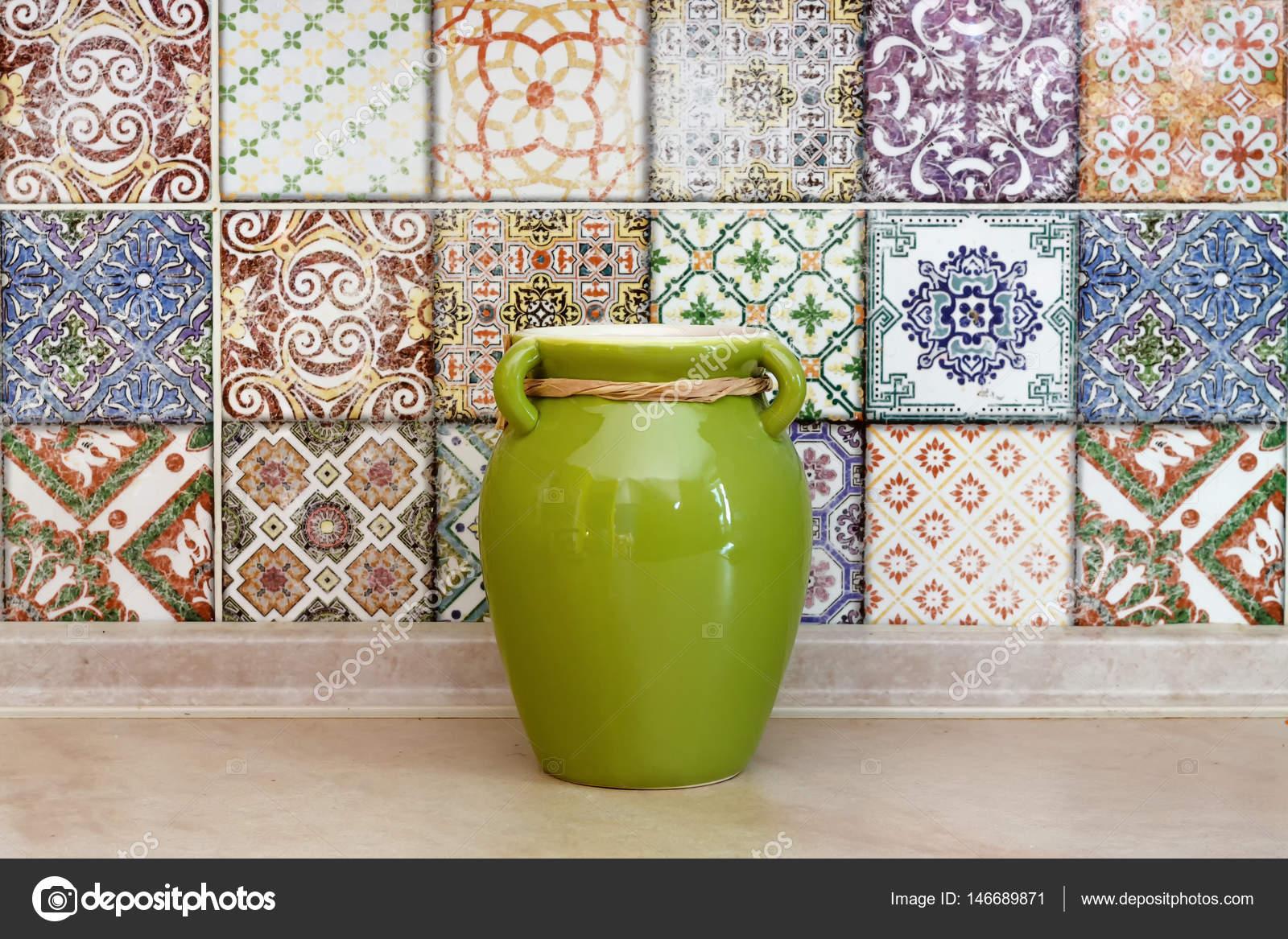 Piastrelle di ceramica colorate parete vaso agli schemi di