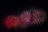 Tűzijáték Moszkvában gyönyörű háttér
