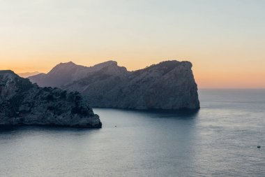 Beautiful images from a trip to Mallorca (Spain). Details of beach, landscapes and monuments.