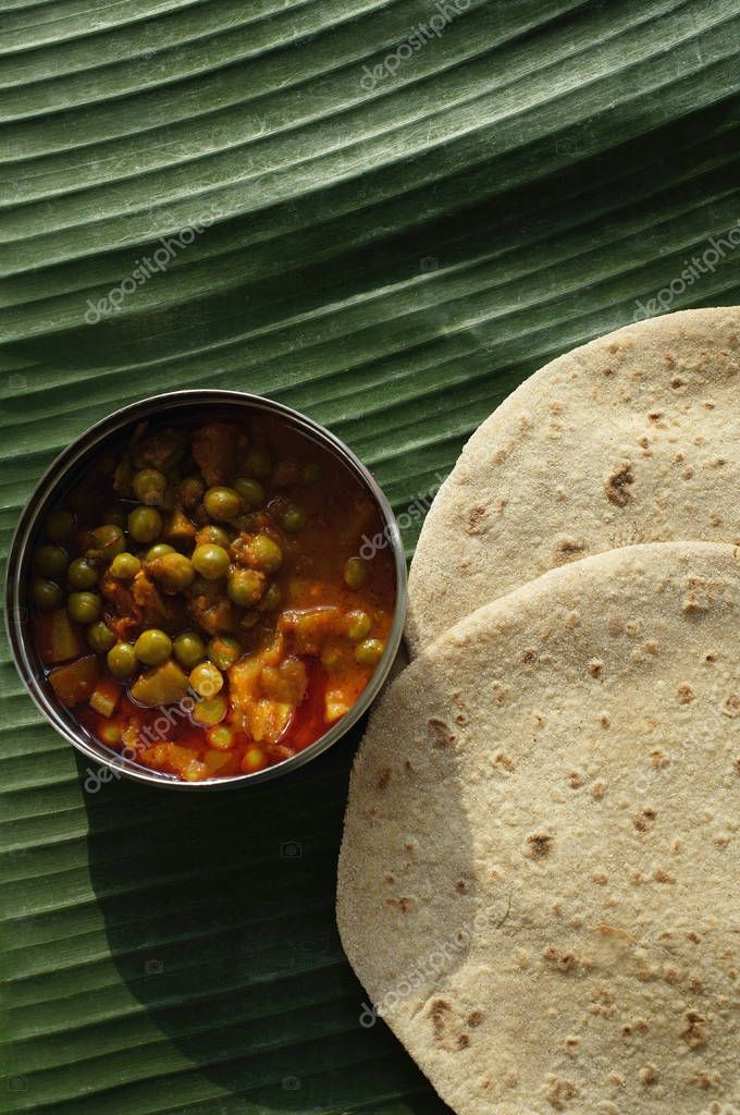 chapati and mixed vegetable curry