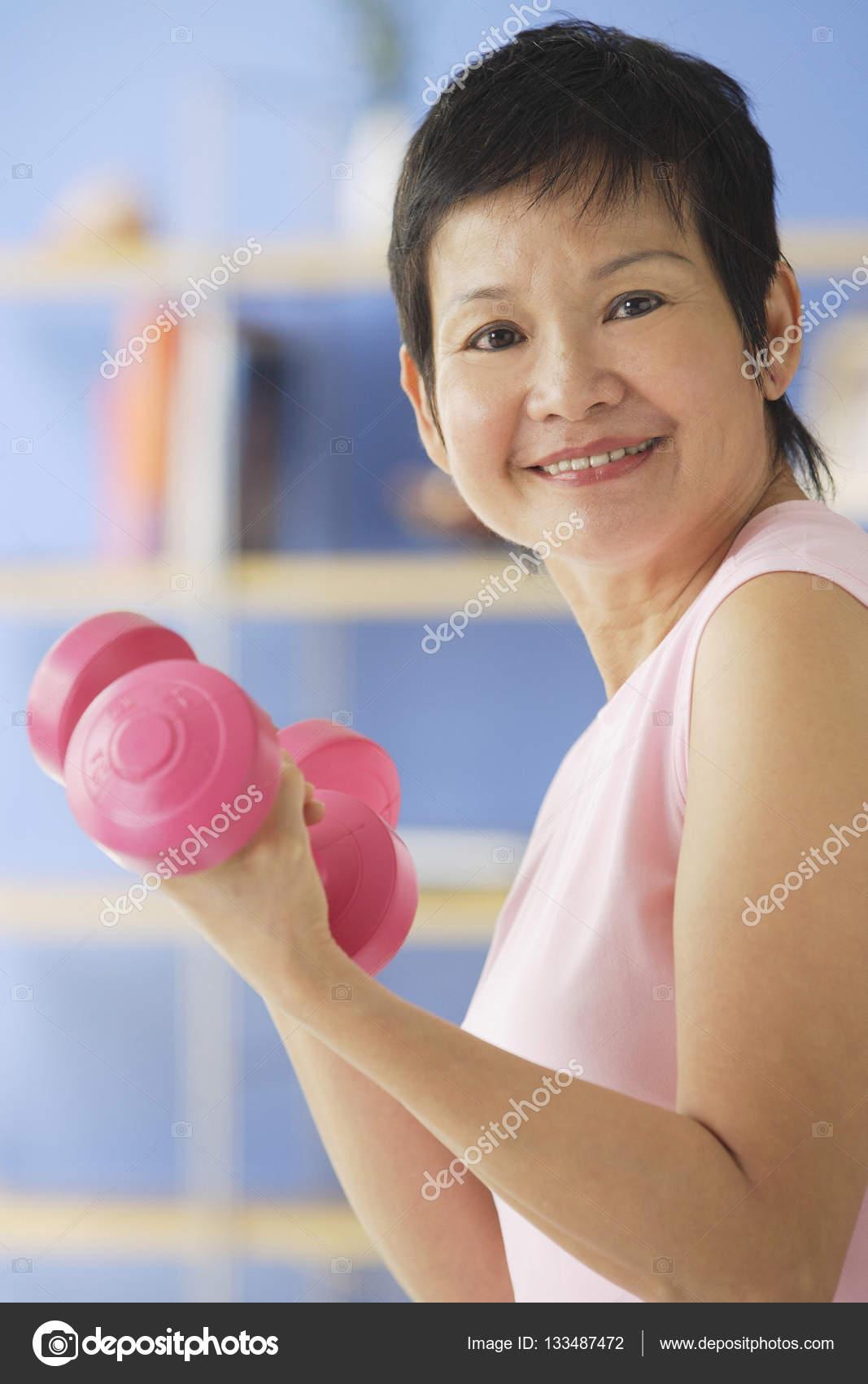 Зрелые женщины азии 4