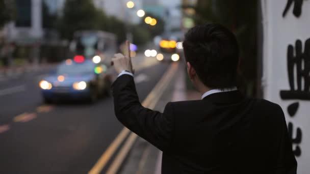 Podnikatel se snaží dostat Taxi