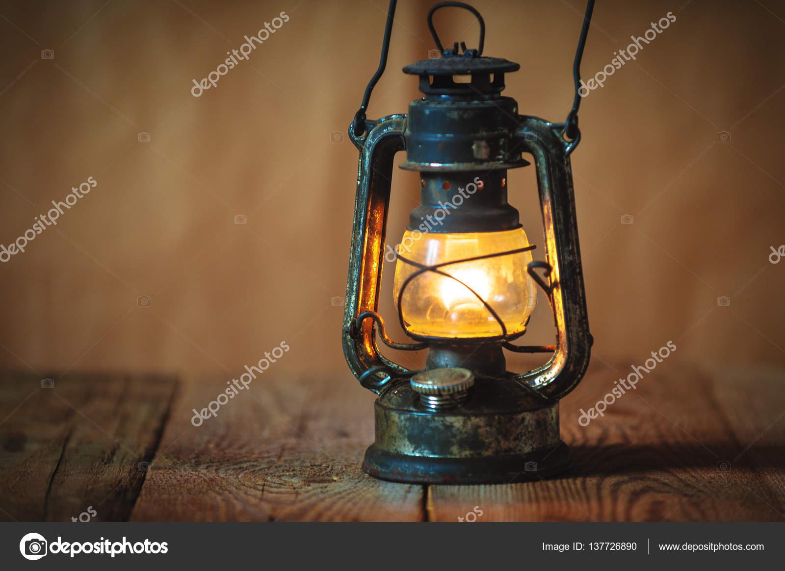Vintage Oil Lantern 105
