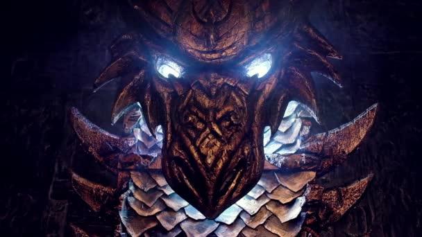 sárkány sötét szobában fémből