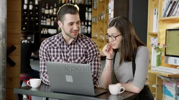 εκτελεστικό online dating Τι να γράψετε στο online dating email