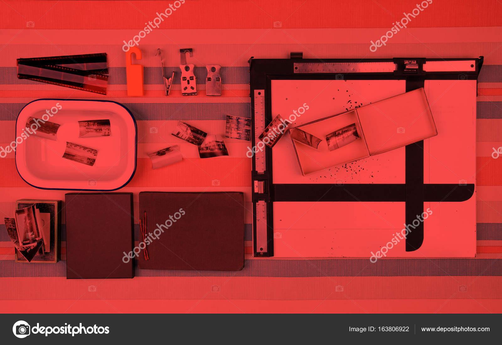 Herramientas de cuarto oscuro — Fotos de Stock © dp3010 #163806922