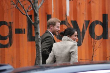 Meghan Markle Prince Harry , London, UK. 9th January, 2018. Prince Harry and Meghan Markle visit Reprezent radio at POP Brixton to see work being done to combat knife crime stock, photo, photograph, image, picture, press,