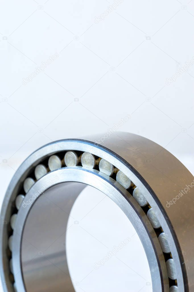 Close view of cylindrical roller bearing.