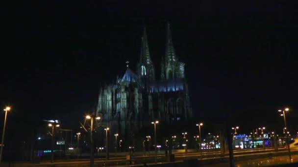Köln Köln, Dom und Hohenzollernbrucke in der Nacht