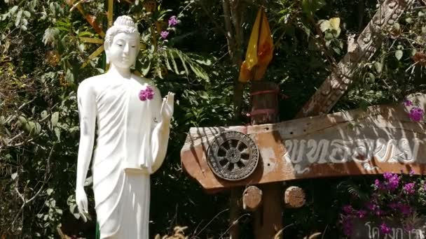 Wat Chiang Yuen Buddha szobor Dharma Weel Thaiföld 4k