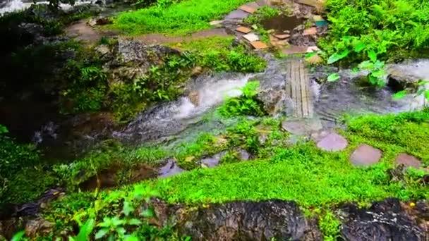 Khlong Lan Wasserfall