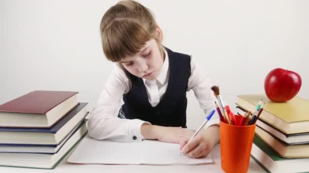Iskolás mosolyog, írások, könyvek és az apple asztalnál