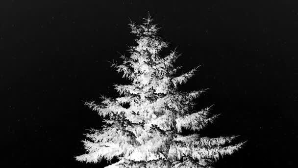 bílý vánoční stromeček v infračerveném uprostřed zasněžené nevšímal.