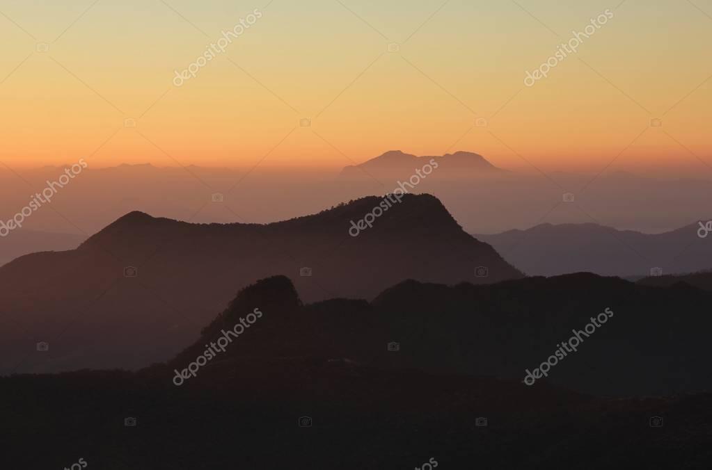 Фотообои Sunrise view from Ghale Gaun