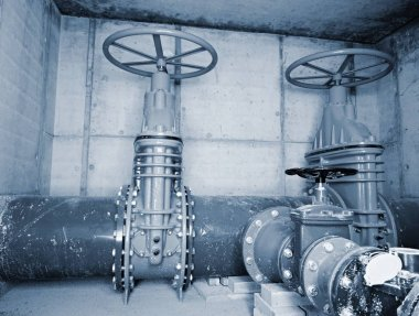 City potable water pipeline in concrete shafts with 500mm Gate valve