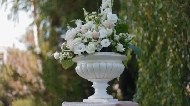 Svatební dekorace živé květiny