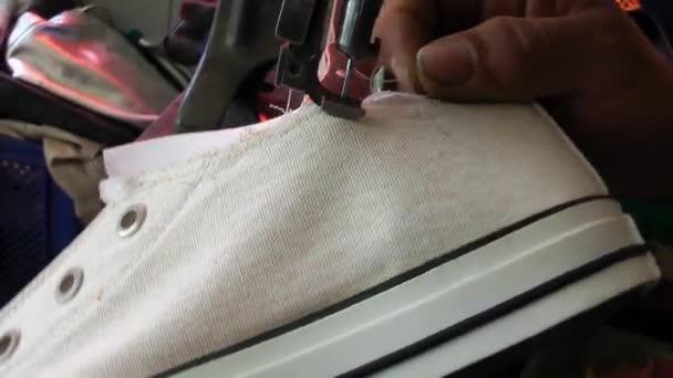 Schuster handgemachte Schuhmacher und Reparatur