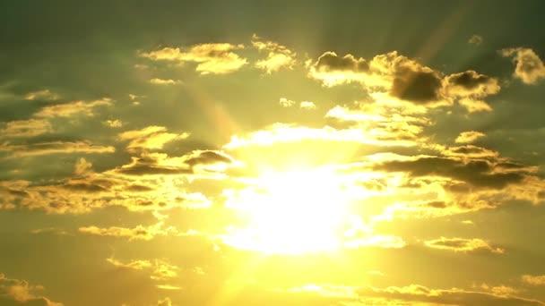 Západ slunce a mraky