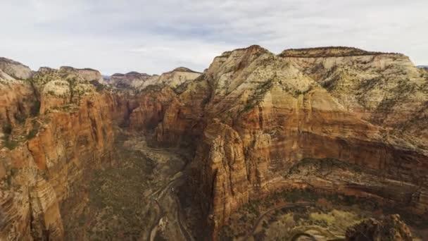 Zion Canyon a Top of Angels Landingből. Utah, Egyesült Államok