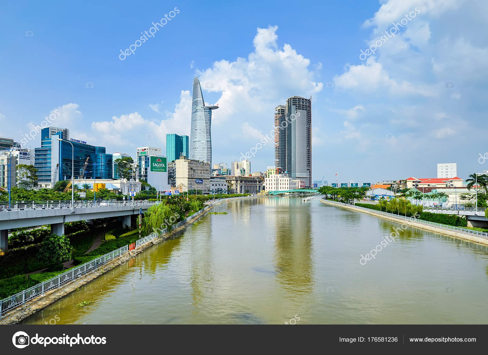 Hochiminh City Vietnam City View Ben Nghe Canal Hochiminh City
