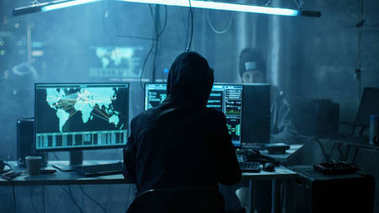 Team of Internationally Wanted Teenage Hackers Infect Servers an