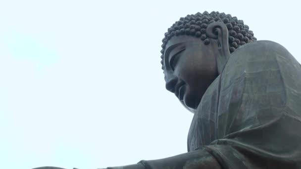 A nagy Buddha (Tian Tan Buddha) Lantau szigetén, Hong Kongban 2013.-Dan
