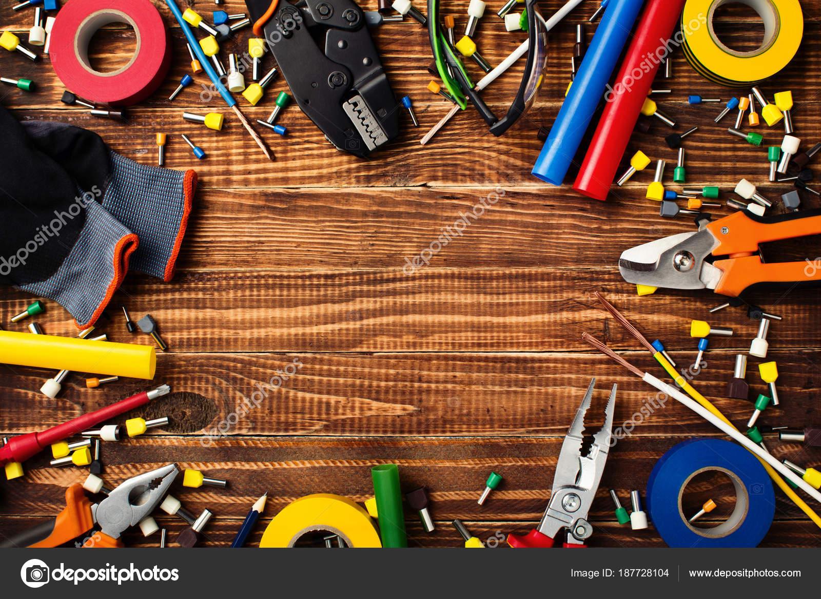 Banco Da Lavoro Per Elettricisti : Sfondo di utensili per elettricisti professionale: nastro isolante