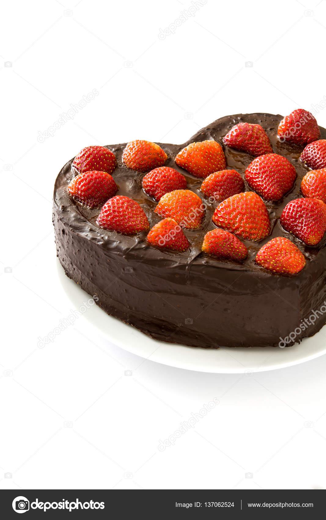 Kuchen In Herzform Fur Valentinstag Oder Muttertag Isoliert Auf