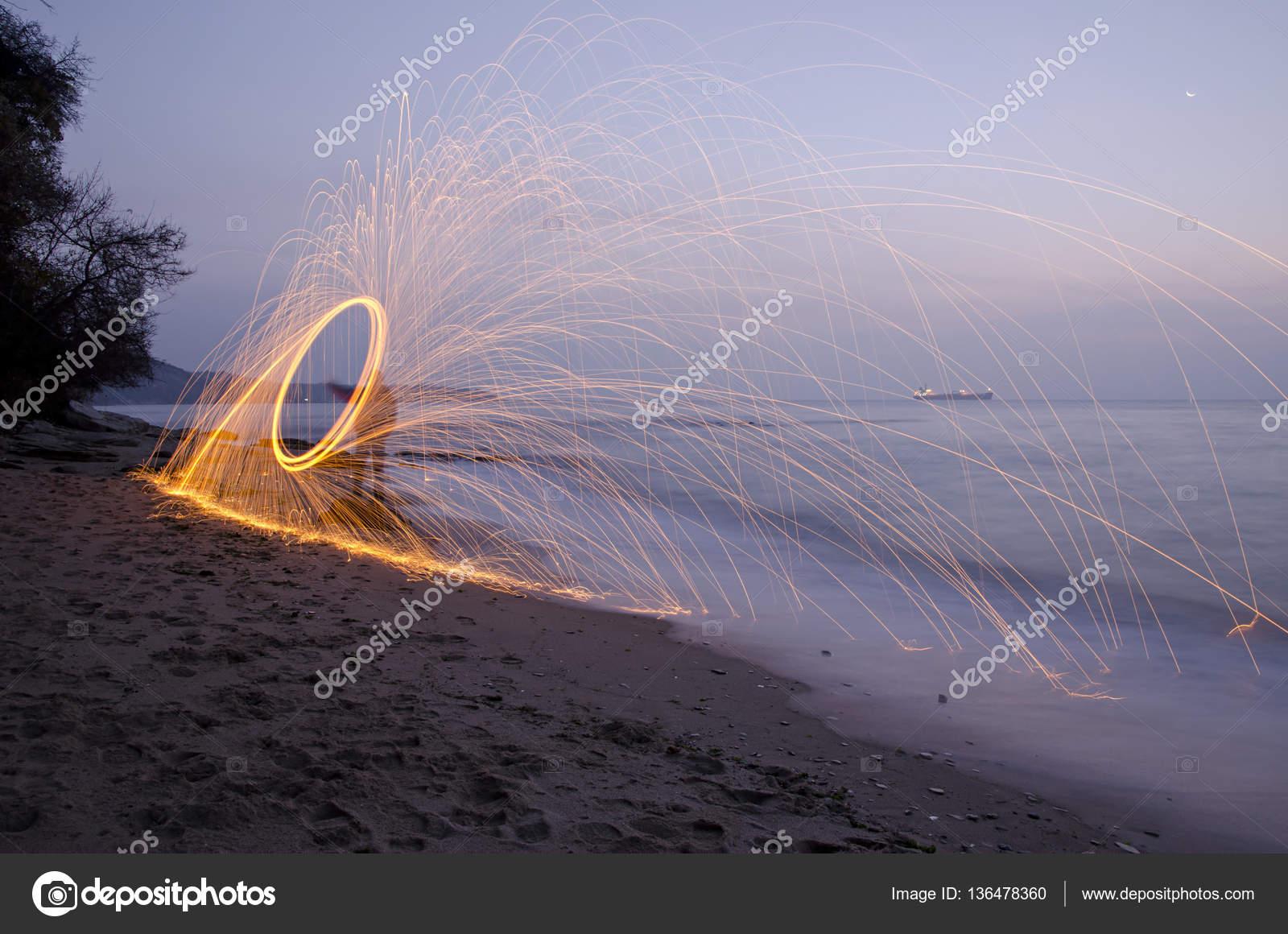Ateş ışık Boyama Boyama Stok Foto Injenera 136478360