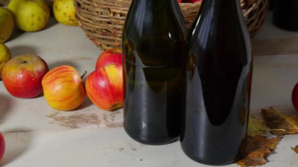 cider, apples and apple pie