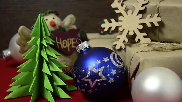 Sváteční sada objektů na teplý večer s rodinou a přáteli