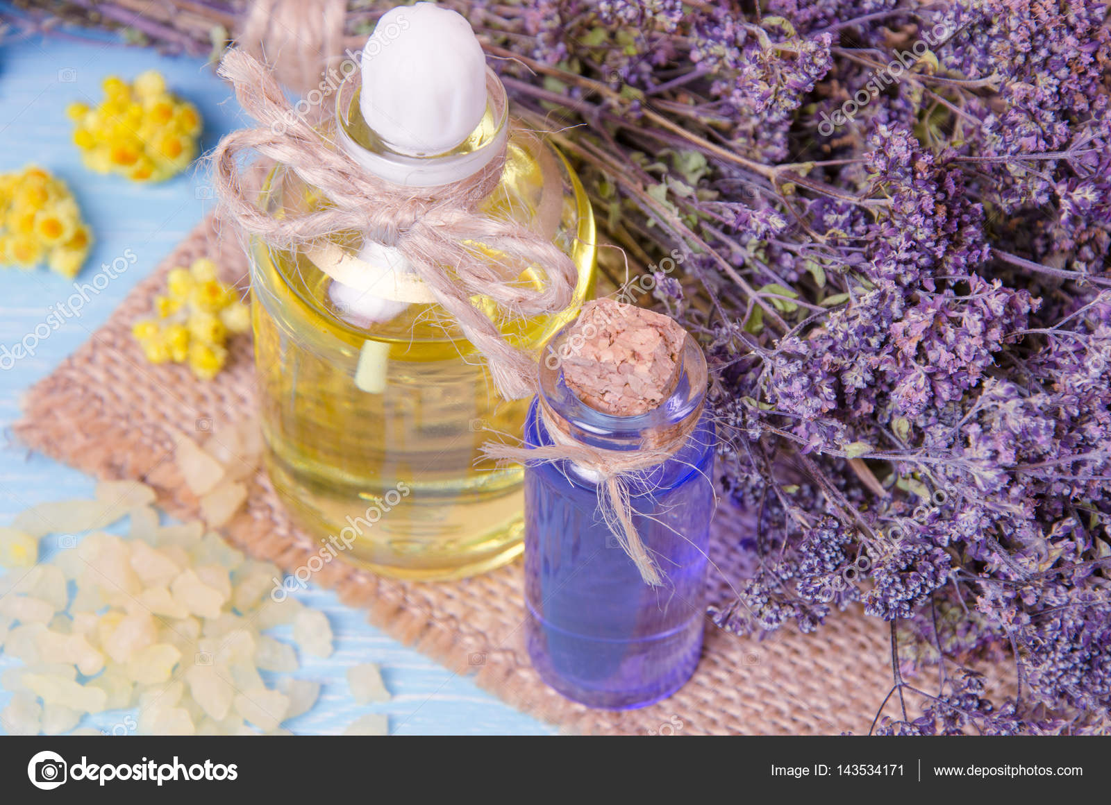 aromatherapy homemade with dry flowers