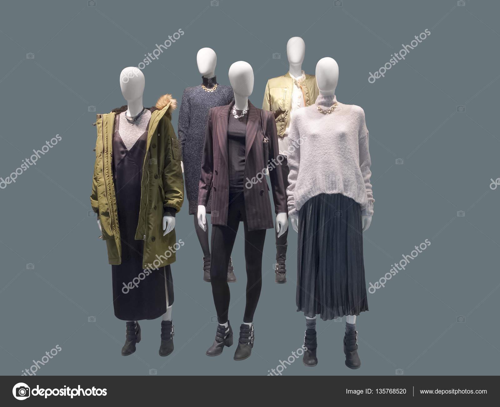 Група Манекени жіночі — Стокове фото — Група © modustollens  135768520 9aa42546fcb40