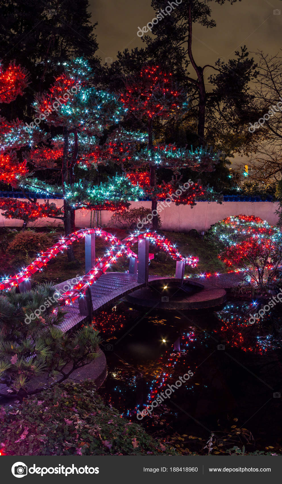 Christmas Lights On Houses Pictures.Panoramic Picture Christmas Lights All Bridge Trees Signs