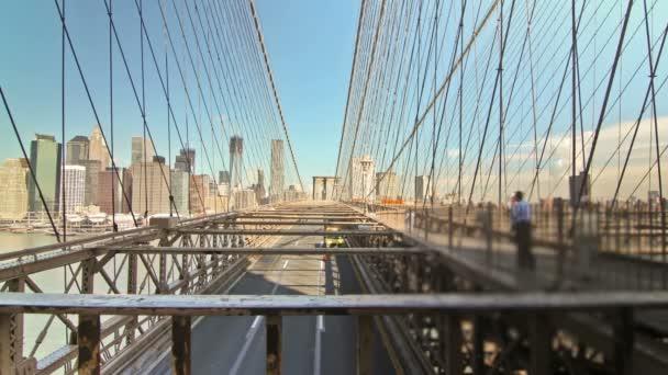 Časová prodleva Brooklynský most v New Yorku.