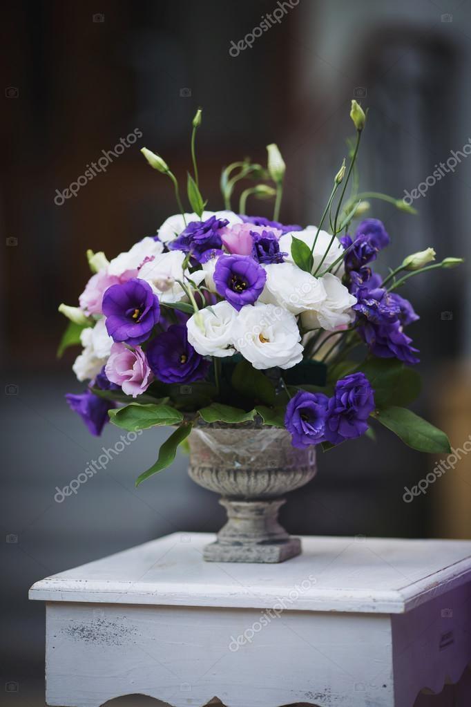 a64e8dc4a225 Στολισμοί Γάμου με λουλούδια — Φωτογραφία Αρχείου © cristan  125958420