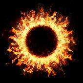 Požární kroužek ve tmě