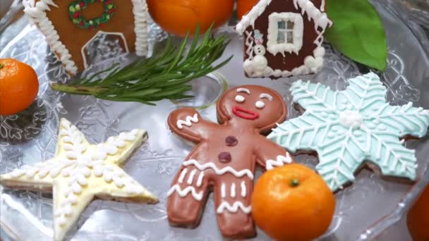 Hagyományos karácsonyi mézeskalács sütik és házak