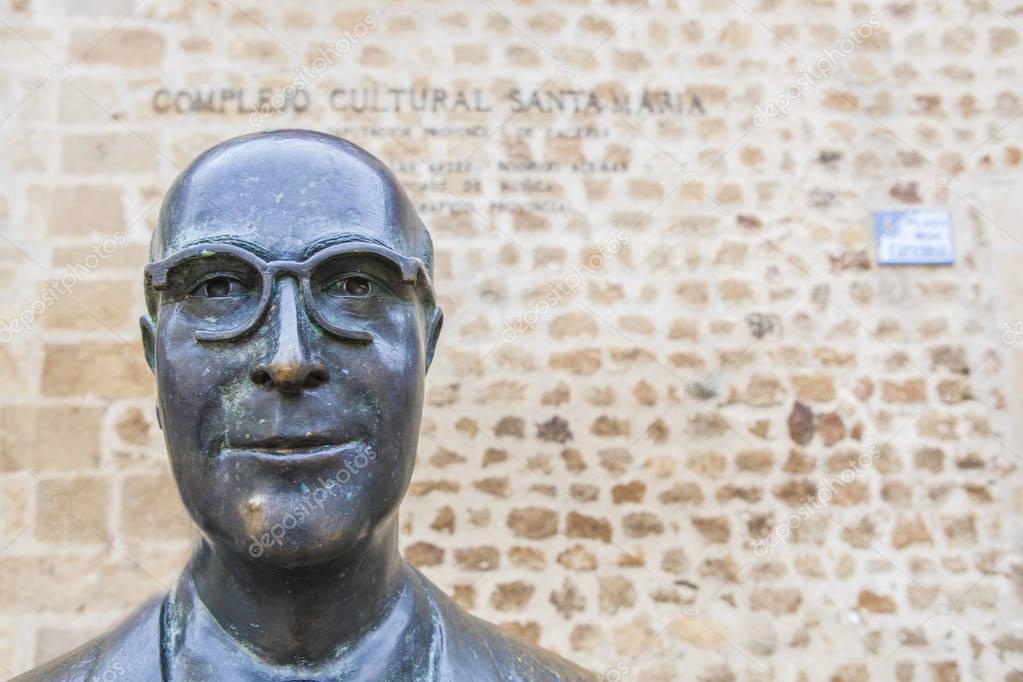 Manuel Garcia Matos statue, Plasencia, Spain