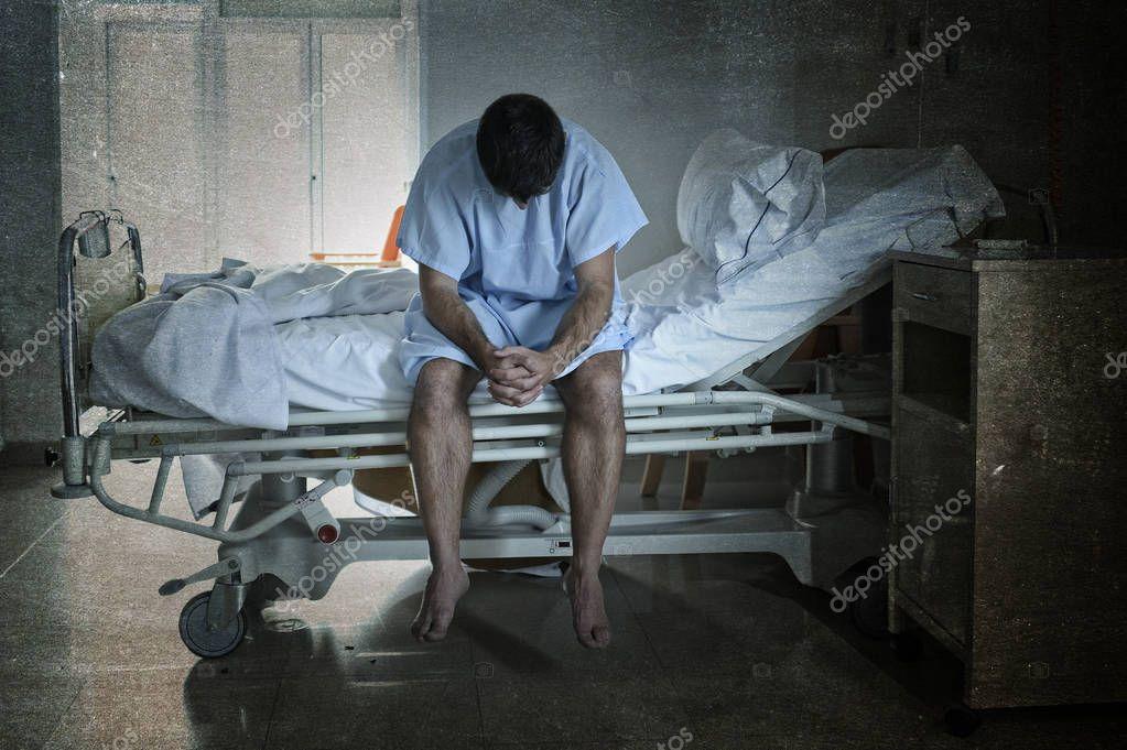 Imagenes de un hombre solo y triste