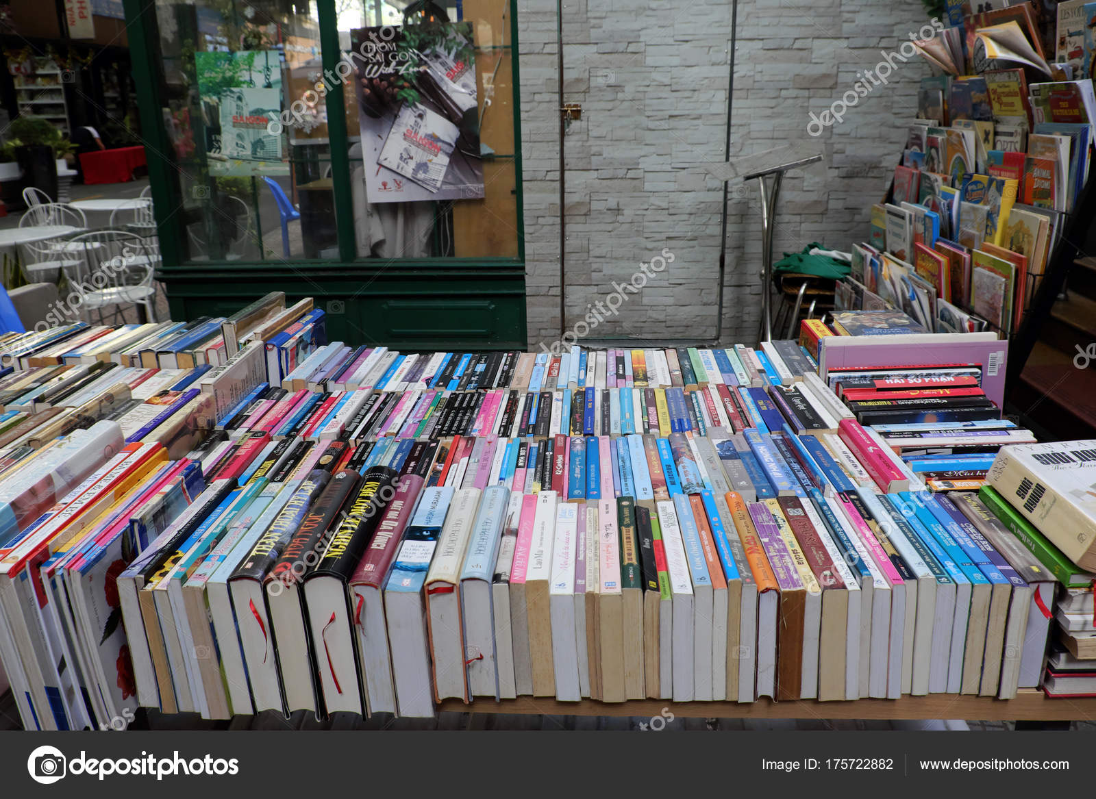 colorful books outdoor bookstore – Stock Editorial Photo ...