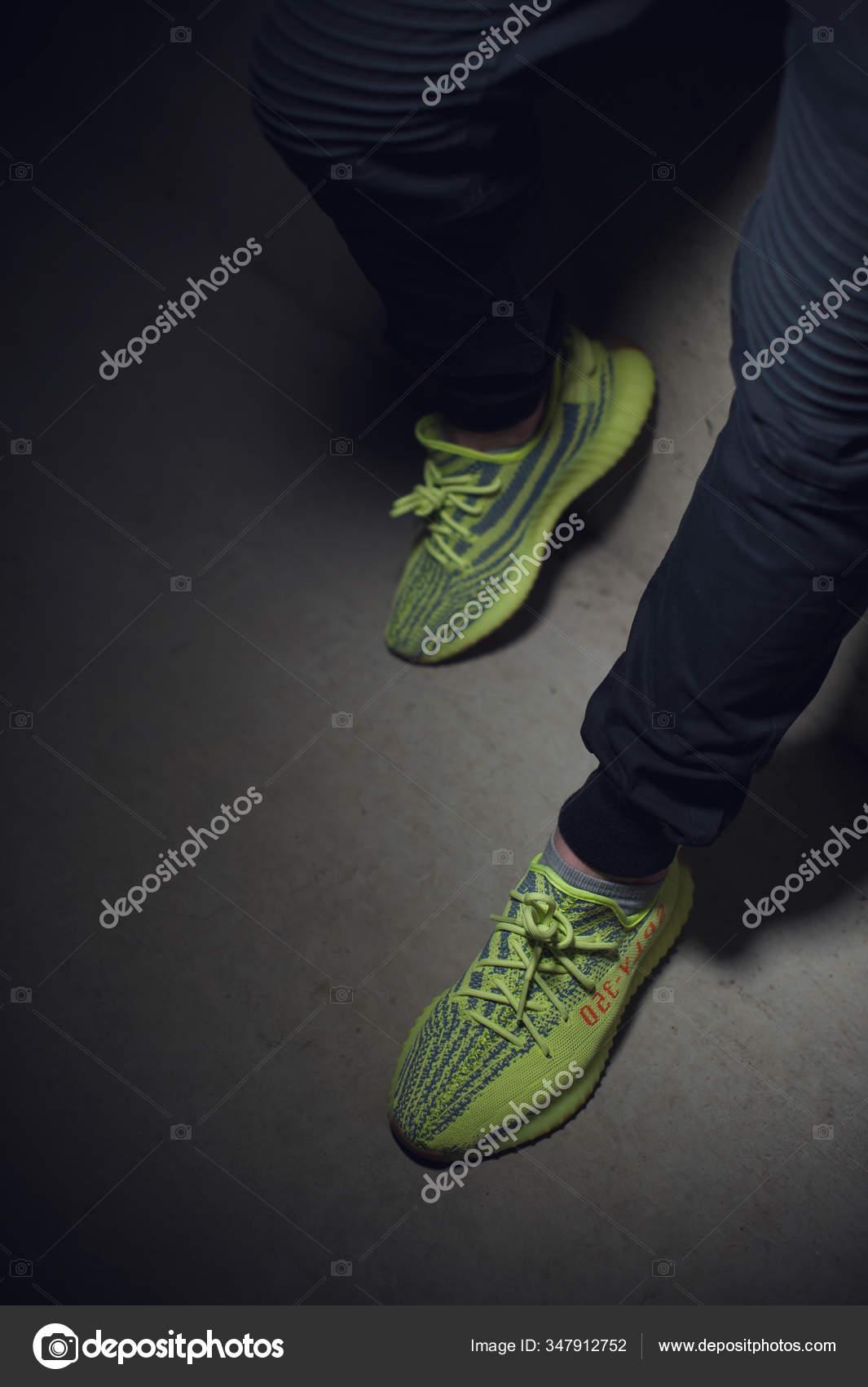 adidas yeezy sport