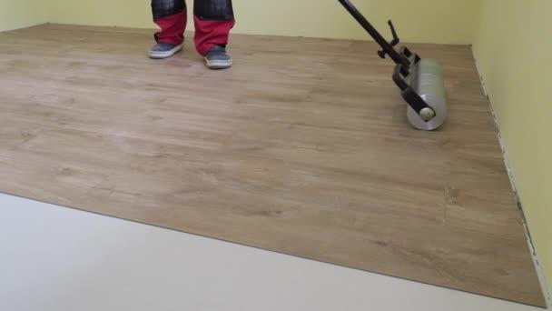 postupné vinylové podlahy