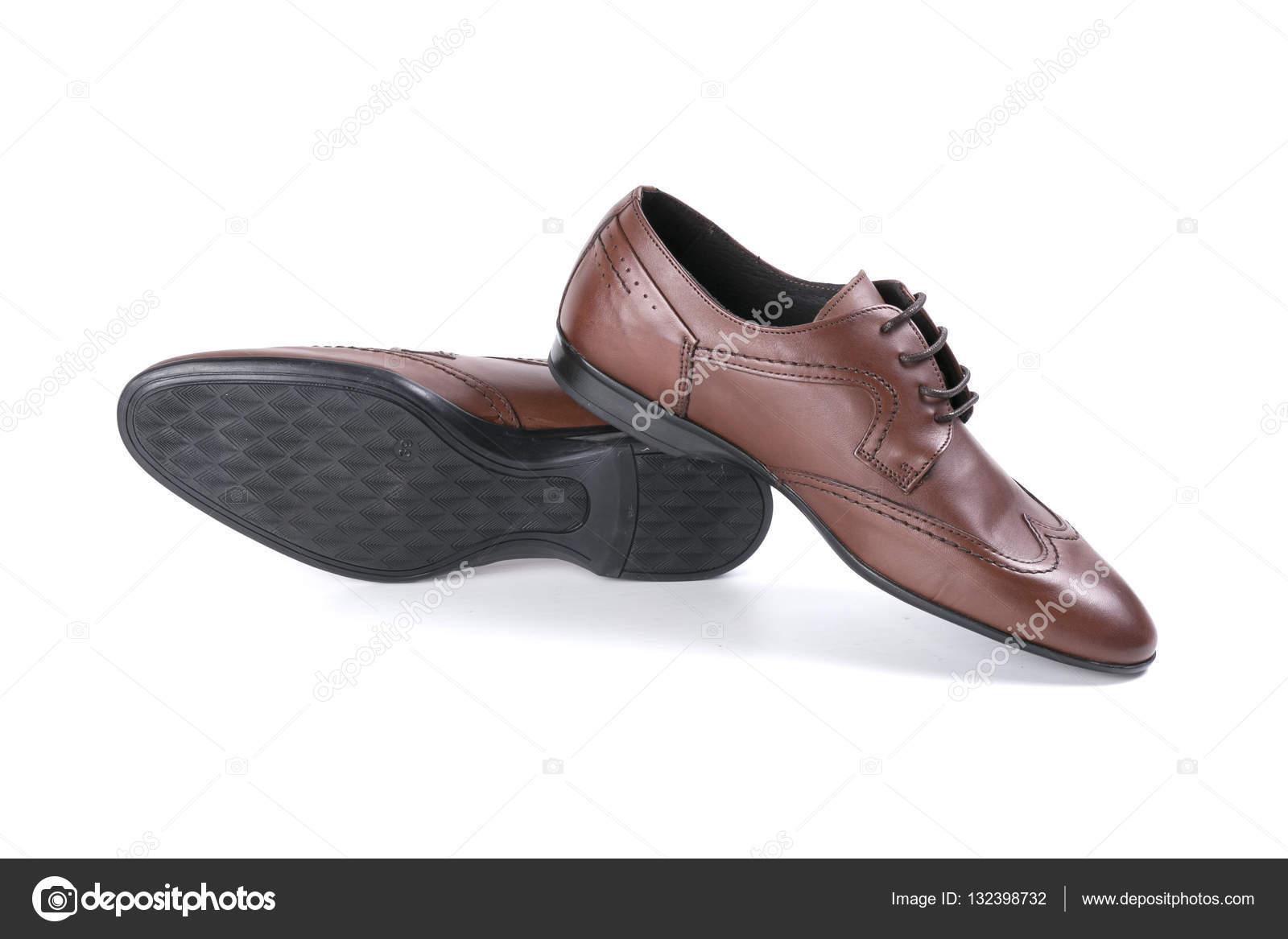 f441952e8c Schuhe Leder braun — Stockfoto © georgevieirasilva #132398732