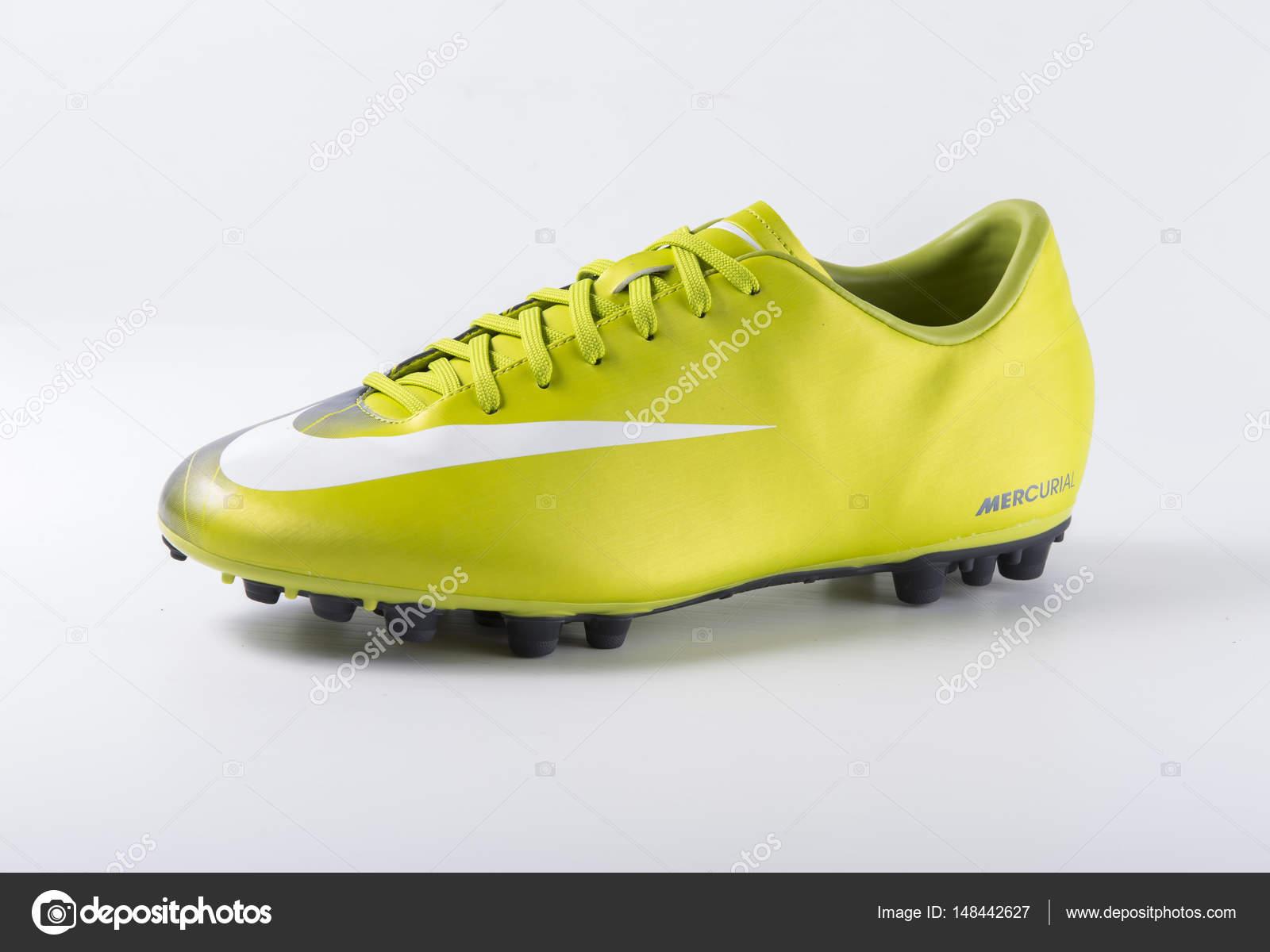 Nike Fussballschuhe Redaktionelles Stockfoto