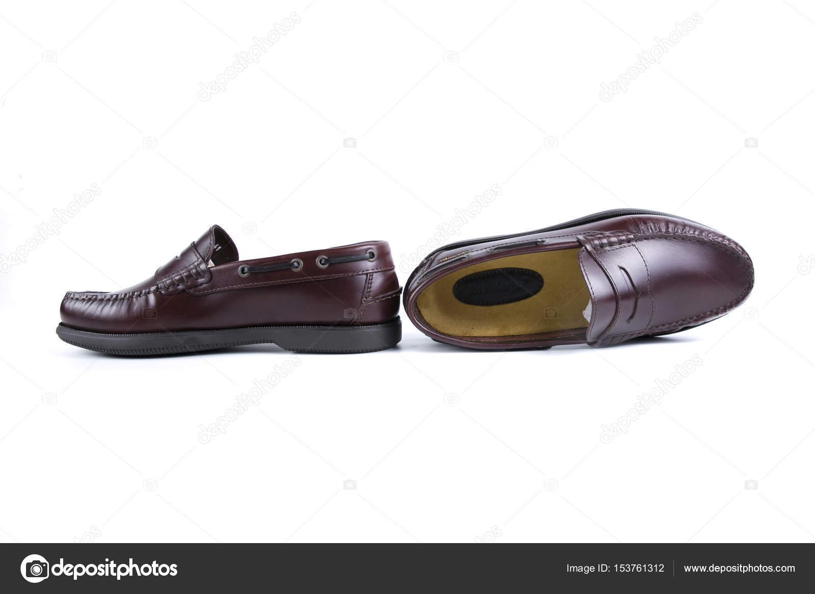 3dd34257d4 Zapatos cuero calidad — Fotos de Stock © georgevieirasilva  153761312