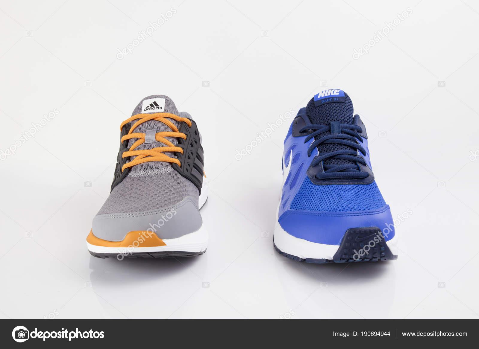 adidas y nike zapatillas