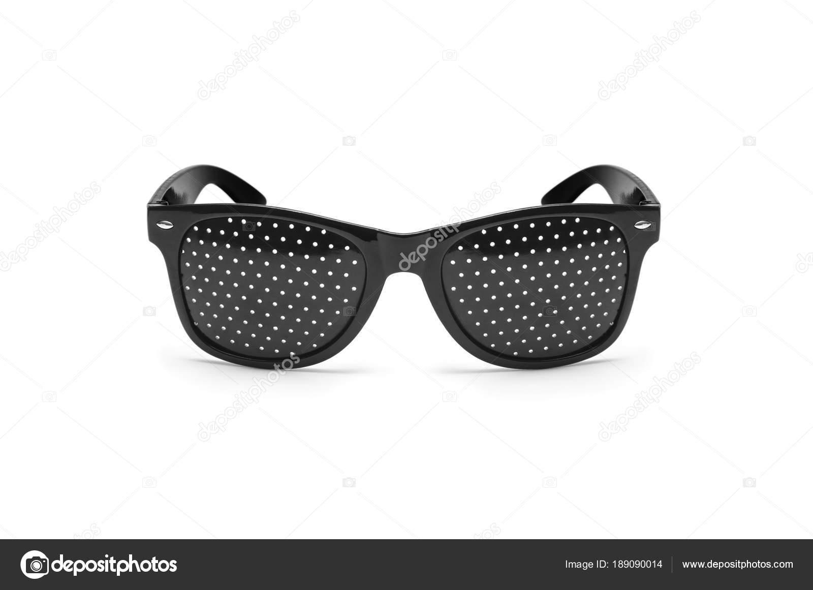 594bd3ea2b Γυαλιά ηλίου τρύπα PIN. Αντι μυωπία γυαλιά για διόρθωση της όρασης — Φωτογραφία  Αρχείου